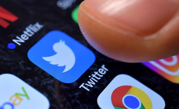 Twitterin mukaan käyttäjätilin vahvistaminen on usein tulkittu virheellisesti kannanotoksi.