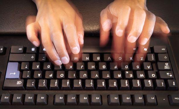 Hakkeroidut henkilötiedot ovat verkossa - ja pysyvät.
