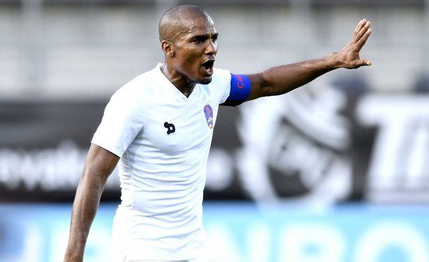37-vuotias legenda, Florent Malouda, pelaa nykyään Ranskan Guayanan maajoukkueessa.