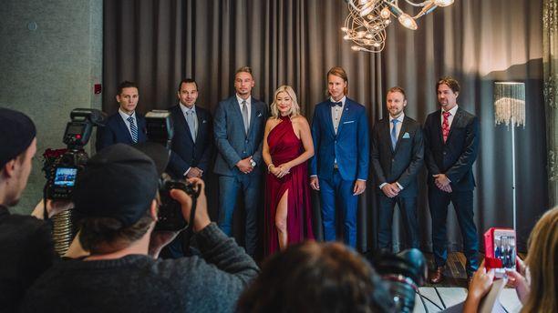 Jenny ei toiveistaan huolimatta löytänyt rakkautta televisiosta. Kuva Bachelorette Suomi -ohjelman pressitilaisuudesta.