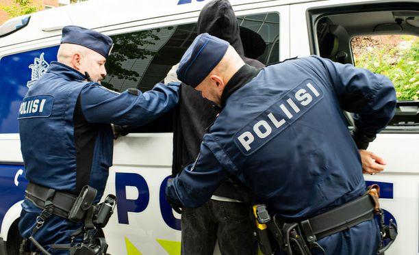 Suomessa operaatioon osallistui myös viisi henkilöä Saksan esitutkintaviranomaisesta ja Kaakkois-Suomen poliisilaitoksen eri yksiköistä. Kuvituskuva ei liity tapaukseen.