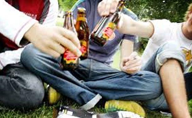 Nuorilta takavarikoitiin huima määrä alholia viikonloppuna.