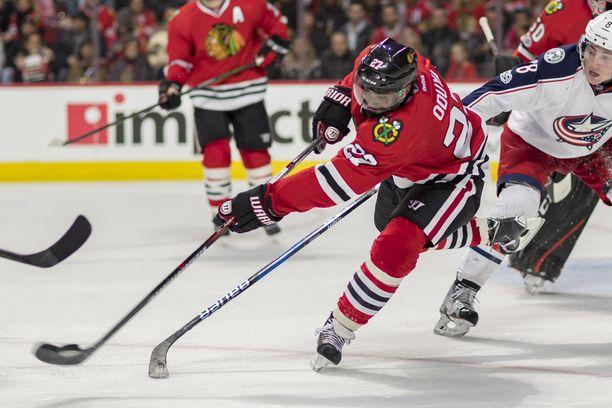 Johnny Oduya pelasi NHL:ssä New Jersey Devilsissä, Atlanta Trasherissa/Winnipeg Jetsissä, Chicago Blackhawksissa, Dallas Starsissa, Ottawa Senatorsissa ja Philadelphia Flyerissa. Stanley Cupin hän voitti Blackhawksin riveissä 2013 ja 2015.
