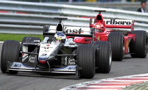 Mika Häkkinen ajoi ikimuistoiseen Belgian GP:n voittoon kesällä 2000.