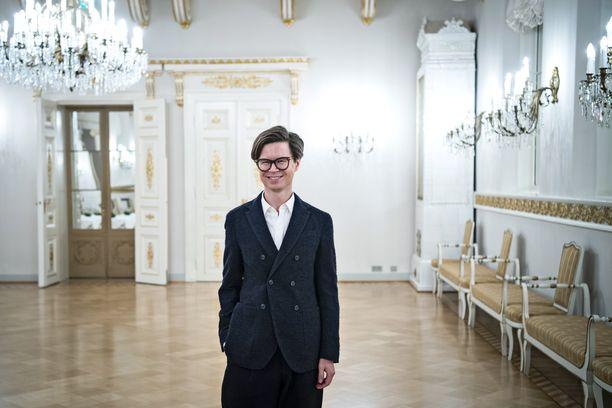 Sami Sykkö on tunnettu toimittaja ja kirjailija. Sykkö tunnetaan myös tyyliasiantuntijana.