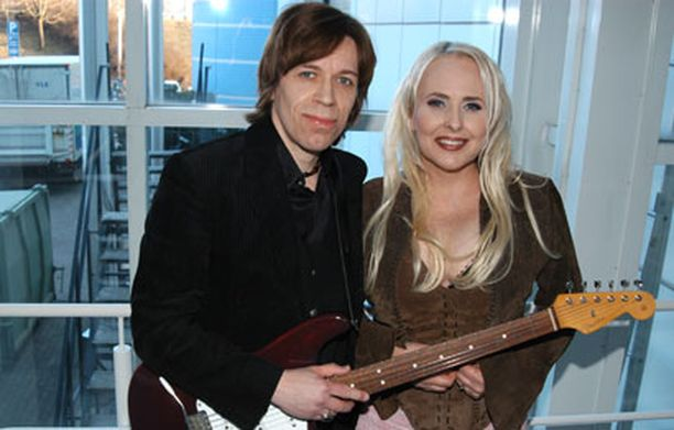 Sami ja Maarit Hurmerinta esiintyvät torstaina Koivuhaassa.