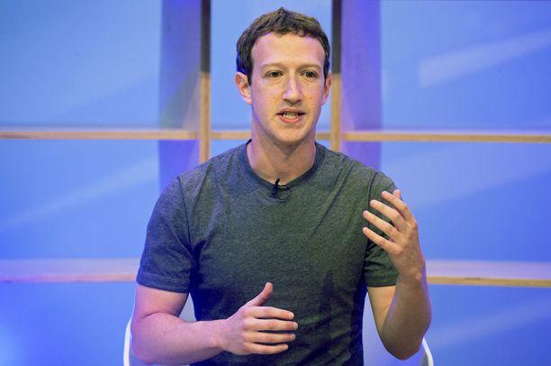 Facebook yrittää Mark Zuckerbergin mukaan hillitä väkivaltasisällön leviämistä lisäämällä henkilöstöä tuntuvasti.