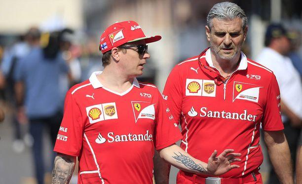 Kimi Räikkönen tulee hyvin toimeen tallipäällikkö Maurizio Arrivabenen kanssa.