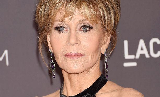 Jane Fondan elämä ei ole ollut helppo.