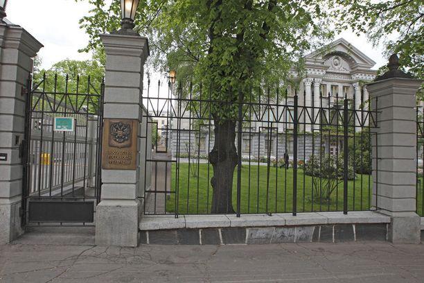 Venäjän suurlähetystö sijaitsee Helsingin Tehtaankadulla.