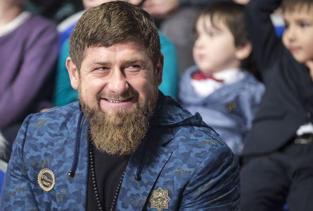 Tshetshenien johtaja Ramzan Kadyrovin Facebook- ja Instagran-tilit suljettiin lauantaina.