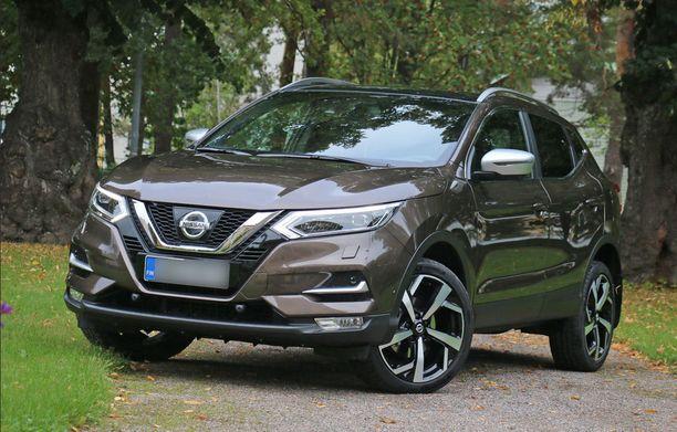Nissan Qashqai kipusi ainakin hetkeksi Suomen myydyimmäksi autoksi.