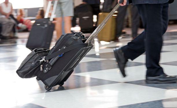 Halpalentoyhtiötä suosivan kannattaa pakata tavaraa sen verran, että ne mahtuvat matkustamoon.
