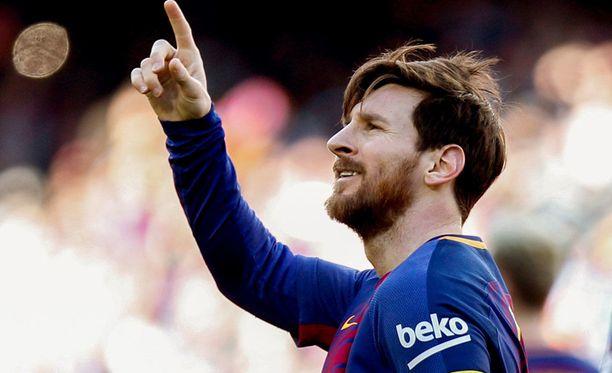 Leo Messi innostui tanssimaan tänään Bilbaoa vastaan.