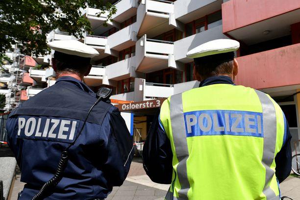 Nyt oikeudessa oleva pariskunta asui tässä kerrostalossa Kölnissä.