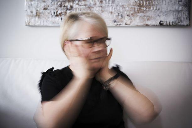 Anja Korvenpää on kärsinyt korvien kiusallisesta soimisesta jo kahdeksan vuotta.