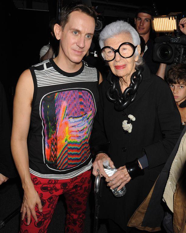 Iris ja muotisuunnittelija Jeremy Scott.