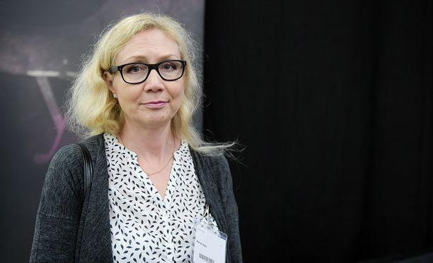 Asianajajan mukaan Anneli Auer olisi valmis neuvottelemaan. Kuva vuodelta 2016.