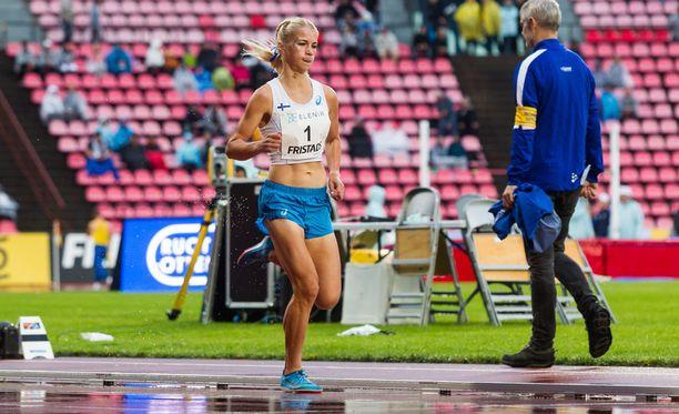 Alisa Vainiolle jäi hampaankoloon Ruotsi-ottelun 5 000 metrin kisasta.