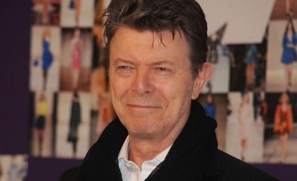 David Bowie kertoi sairaudestaan vain muutamille henkilöille.
