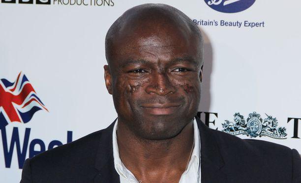 Seal tunnetaan myös Australian The Voice -laulukilpailun valmentajana kausilta 2012 ja 2013.