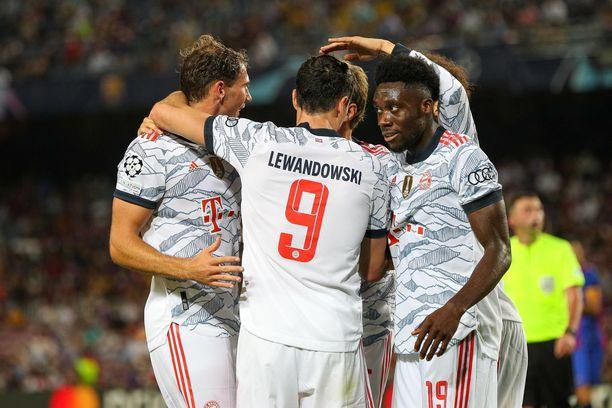 Bayern München leikitteli Barcelonan kustannuksella.