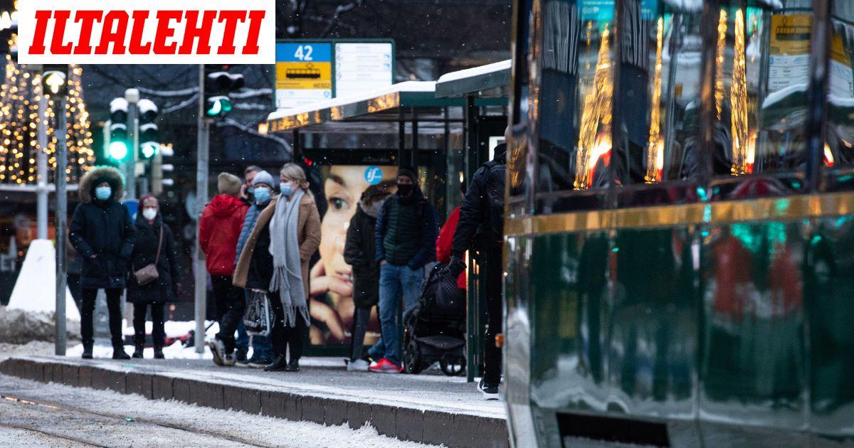 Suomen koronatilanne nyt: Rajaliikenteen rajoitukset kiristyvät, koronakaranteeni pitenee