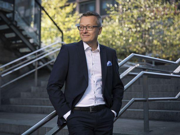 Matkahuollon toimitusjohtaja Janne Jakola arvioi, että Matkahuolto yltää tänä vuonna yli 30 prosenttia suurempiin pakettimääriin edellisvuoteen verrattuna.