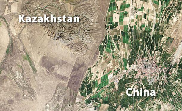 Kiina on huomattavasti vehreämpi kuin naapurinsa Kazakstan.