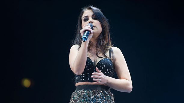 Anna Abreu Vain Elämää -konsertissa Hartwall Areenalla 28. joulukuuta.