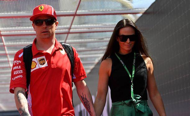 Kimi ja Minttu Räikkönen avioituivat elokuussa 2016.