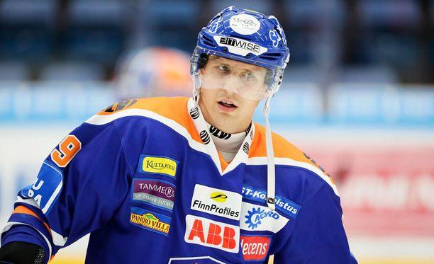 Veli-Matti Savinainen oli mukana erikoisessa episodissa.