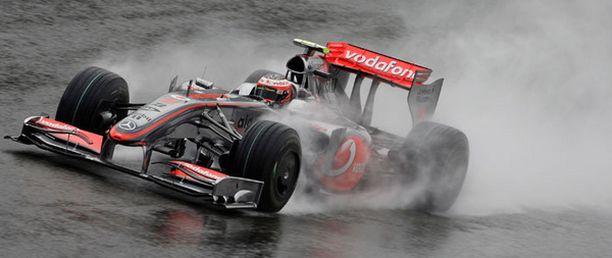 Sade haittasi Belgian GP:n harjoituksia.