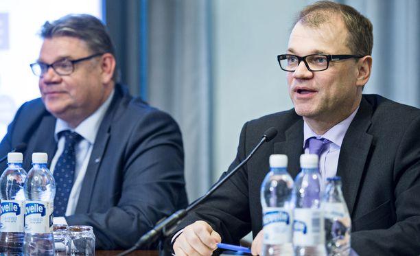Juha Sipilän (kesk) hallitus saa kritiikkiä EU-politiikastaan.