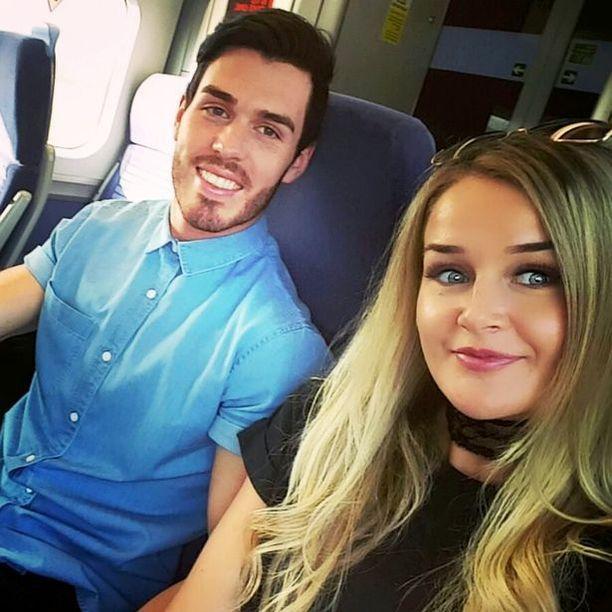 Joshua Stimpson ja Molly McLaren tapasivat toisensa Tinderissä.