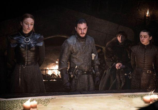 Starkien perhe oli mukana Game of Thrones -sarjassa sen alusta loppuun. Esiosa esittelee suvun historiaa.
