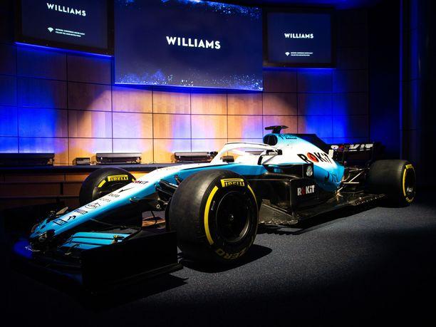 Williams esitteli uuden autonsa ulkoasun jo viime viikon alussa, mutta talvitestien alettua on käynyt ilmi, ettei FW42-auto ole vielä valmis.