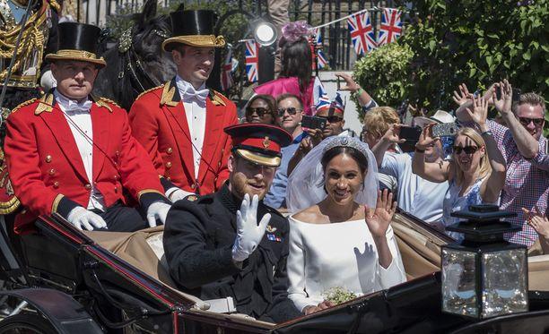 Prinssi Harry ja herttuatar Meghan halusivat antaa häävierailleen konkreettisen muiston häistään lahjakassin muodossa.