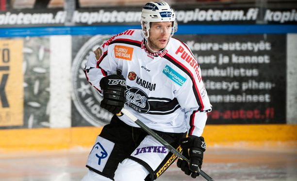 Olli Malmivaaran mittavan jääkiekkouran viimeinen seura oli TPS.