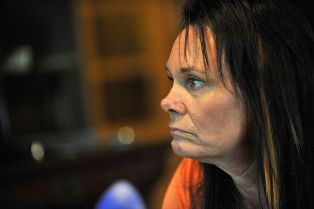 Perussuomalaisten viestintäasioista vastaavan Matti Putkosen vaimo nimitettiin hiljattain sosiaali- ja terveysministeri Hanna Mäntylän (ps) erityisavustajaksi. Nimitys on herättänyt ihmetystä perussuomalaisten eduskuntaryhmässä.