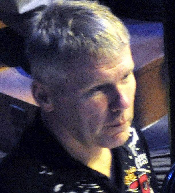 KOVAT SYYTTEET Suomen pelätyimpiin rikollisiin kuuluva Raimo Tienhaara sai kovat rikossyytteet.