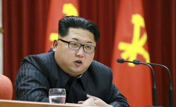 Kim Jong-un on viralliselta titteliltään puolueen keskuskomitean johtaja.