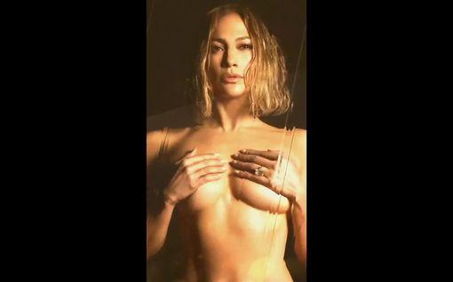 """Jennifer Lopez, 51, markkinoi alasti musiikkiaan: """"Kauneudella ei ole viimeistä käyttöpäivää"""""""