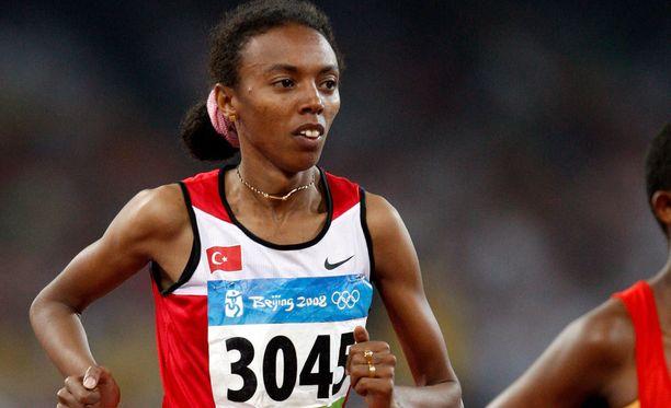 Tunisia asetti Elvan Abeylegessen kilpailukieltoon.