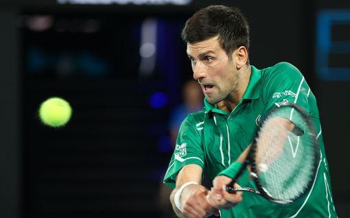 Tennistähti Djokovic vastustaa koronavirusrokotetta – voi luoda haasteita uran jatkamiselle
