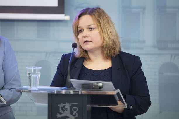 Sote-uudistuksen valmistelua johtaa ministeri Krista Kiuru (sd).