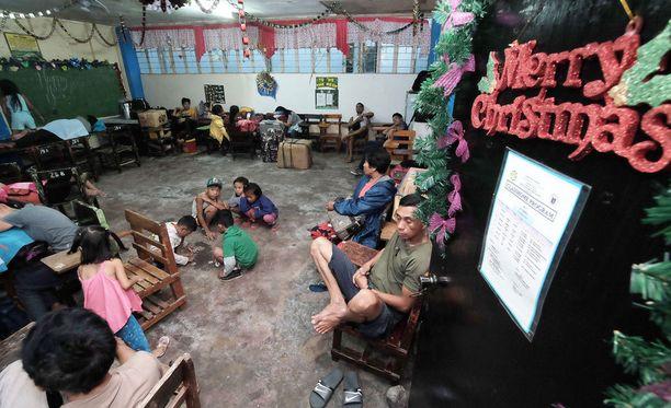 Luokkahuoneita muutettiin väliaikaiseksi evakuointitiloiksi.
