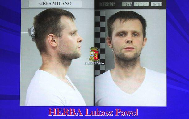 Lukasz Herbasta julkaistu pidätyskuva.