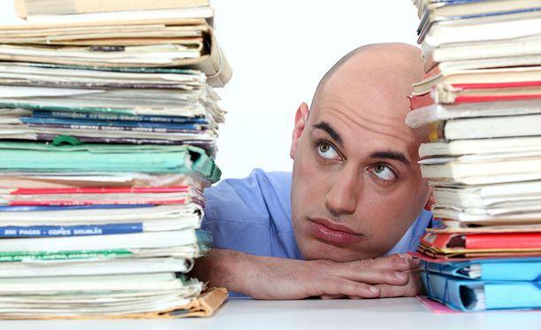 Olisi hyvä tiedostaa lyhytaikaisen stressin hyödyt, sillä se parantaisi kykyä hallita stressiä.