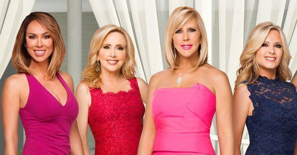 Kelly, Tamra, Vicki ja Shannon nähdään myös 13. tuotantokaudella, jolloin leidit lähtevät yhteiselle lomamatkalle Jamaikalle.